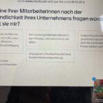 Die Referentin Frau Prof. Krins präsentiert über den PC-bildschrim Umfrageergebnisse